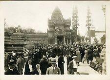 """""""LA FOULE VISITE LE PALAIS D'ANGKOR'"""" Photo originale G. DEVRED (Agce ROL) 1931"""
