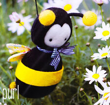 PATTERN - Purl - cute felt bumble bee MINI PATTERN - Creative Card May Blossom