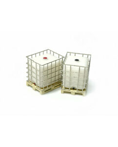 """HO Scale Accessories - 221013 - IBC """"Intermediate Bulk Container"""" on pallet"""