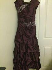 Vestido de baile púrpura oscuro talla 10