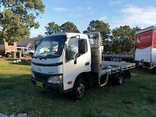 Hino 2006 dutro u305 table top truck. Tray bsck car licence!
