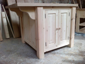 FREESTANDING HANDMADE PINE KITCHEN ISLAND WITH SOLID OAK TOP (45MM)