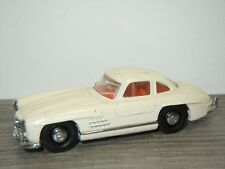 Mercedes 300SL Gullwing - Dinky DY DY-12 1:43 *34083
