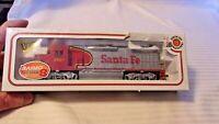 HO Scale Bachmann EMD GP9 Diesel Locomotive, Santa Fe # 6067 BNOS War Bonnet