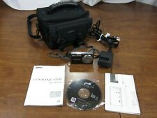 NIKON COOLPIX s550 kit + case, 1 battery 10MP, 5X, ISO2000 Tested WORKS