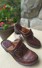size 7 brown leather Born clogs