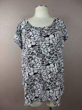 *WHITE STAG* SIZE XXL(20) WOMEN'S WHITE/BLACK FLORAL SHORT SLEEVE STRETCHY TOP
