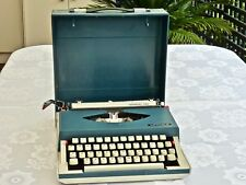 MID CENTURY COLLECTABLE BLUE IMPERIAL PORTABLE TYPEWRITER & CASE JAPAN C 1950'S