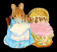 "Vintage Beatrix Potter ""Hunca Munca"" Mouse Figurine Warne Co Beswick England"