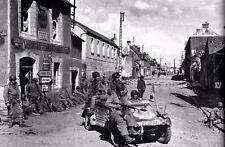 WW2 - Paras de la 101° Airborne sur une voiture allemande à Carentan