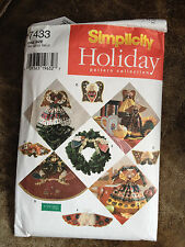 Simplicity Holiday Pattern 7433 Tree Skirt, Toppers and Decorations Angel