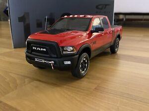 2017 RAM 2500 Power Wagon rot 1:18 GT-Spirit