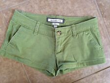 ABERCROMBIE Green Shorts Size 0  EUC Stretch