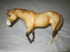 Breyer Horse Indian Pony Mustang Mare Sundance Dun Showcase Edition SR Numbered