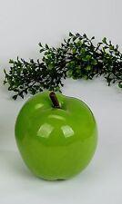 Moderne Skulptur Apfel aus Kunststoff grün Durchmesser 14 cm