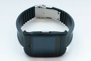 Sony SmartWatch 3 SWR-50 housing/adapter with black rubber diver strap