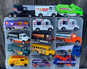 LOT #54 - LOT OF 50 DIFFERENT HOT WHEELS MILITARY - TRUCKS - ALL BLISTER PULLS