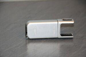Minox Blitzgerät , Blitzaufsatz in silber, Spionagekamera