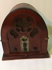 Vintage Wood AM/FM/AFC Radio 1933 Antique Cathedral Style