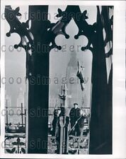1952 Flagmen Hoist Union Jack Victoria Tower Parliament London Press Photo
