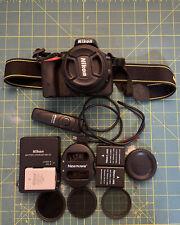 Nikon D D5500 24.2MP Digital SLR Camera - Black (Kit w/ VR II 18-55mm Lens) Used