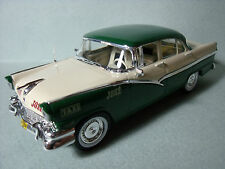 FORD  FAIRLANE  SERIE  PRESSE  TAXIS  DU  MONDE  ALTAYA  1/43