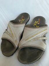 MERRELL women's sandals, slides, gray yellow size 9
