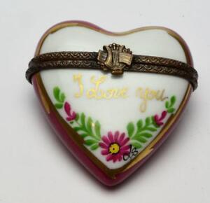 Authentic Limoges Peint Main Heart Shape I Love You hand painted trinket box