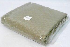 """Archipelago Designs Custom Queen Coverlet in Platinum Musha 90"""" x 95"""""""