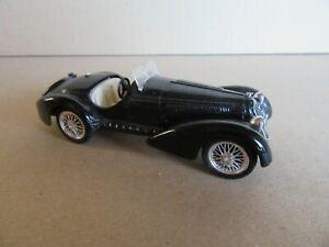 220J Brumm R139 Alfa Romeo 8C 2900B Spider Noir 1938 1:43