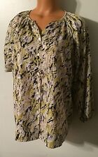 •• Women's Size Medium Kasper Button Down Shirt Nice Blouse