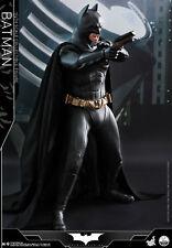Hot Toys Batman Begins 1/4th scale Batman Collectible Figure QS009
