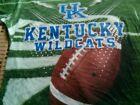 University of Kentucky Wildcats Youth Medium  T-shirt NCAA