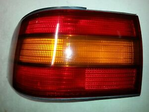 LS400 1990-94 Left LR LH L Driver's Side OEM QTR MTD Outer Tail Brake Light Lamp