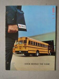 WAYNE  School buses - Schulbusse  brochure / Prospekt  1971.