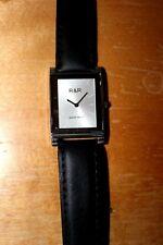 Random Royal Majestic Timepiece Trick - Excellent Condition!