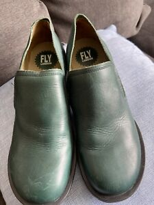 FLY LONDON Ladies Green Leather Slip on Shoes Size 40 UK7