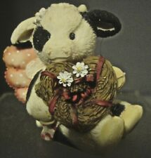 ENESCO MARY MOO MOO FIGURINE I LOVE YOU DAIRY MUCH CUPID COW WITH HEART WREATH