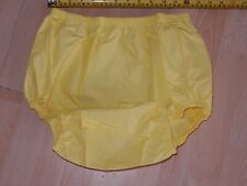 "ADULT BABY YELLOW NOISY PLASTIC PANTS. SIZE M MEDIUM 26""-30"" WAIST"