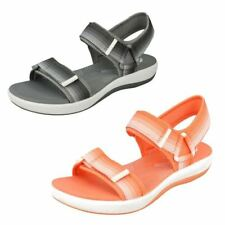 Clarks Casual Textile Sandals & Beach Shoes for Women