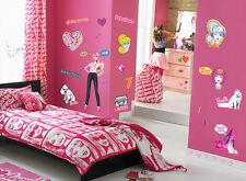 Wandsticker Kinderzimmer Wandtattoo Barbie Puppe Mädchen Zimmer Wanddeko Herzen