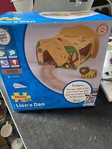 Bigjigs Rail Lion's Den BNIB shop soiled box