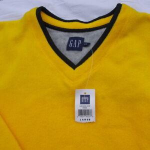 Gap yellow fleece,large size. 13166Z09-5 003.  Weight 437g.