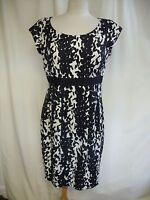 Ladies Dress Hobbs black & cream silk blend, UK 12 EU 40, business, formal 1170