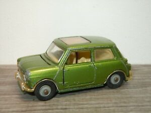 BMC Mini Cooper S - Corgi Toys 334 England *33843
