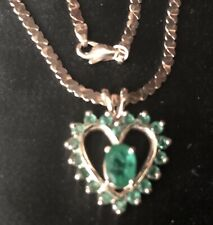 10.9 Grams Vintage 14K Gold Emerald Heart Shape Pendant Necklace Chain