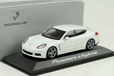 2013 PORSCHE PANAMERA E-HYBRID WHITE 1:43 Minichamps WAP Dealer