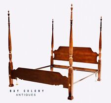 20TH C CHIPPENDALE ANTIQUE STYLE MAHOGANY KING SIZE FOUR POST PLANTATION BED
