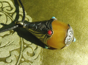 Great tibetan Protection-Charm Gau from Nepal Amber Sterling Silver