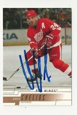 00/01 Upper Deck Autographed Hockey Card Chris Chelios Detroit Red Wings